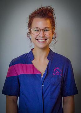Nadine Mellenbergh, Dierenkliniek Gooiland